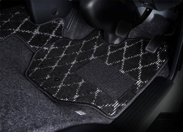 Floor mat for large size wagon